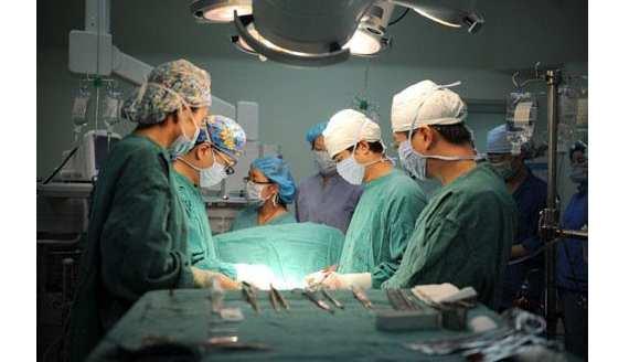 腺样体肥大什么时候做手术晚了