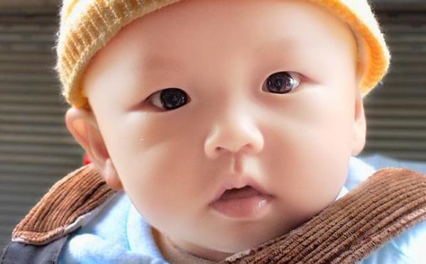 鞘膜积液是什么原因造成的新生儿